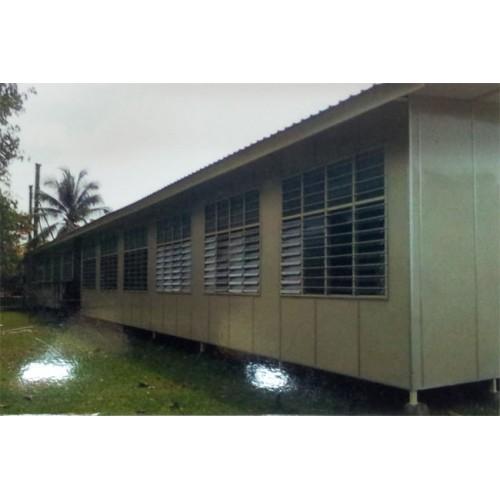 School Cabin 03