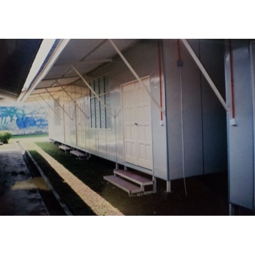 School Cabin 07