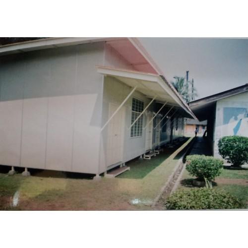 School Cabin 08