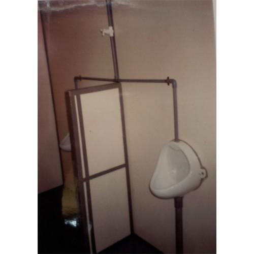 Toilet Cabin - Internal View 01